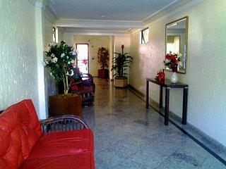 Linda Cobertura Cabo Frio! Proximo a praia, 3 suites c/ar, hidro, frigobar, vaga
