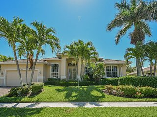 Modern Home Walking Distance to Beach!