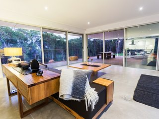 Js' Retreat - Flutes Estate, Margaret River - brand new beautiful house