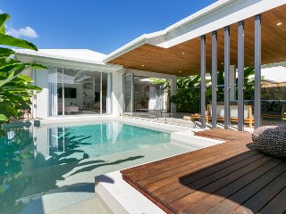 Beachside luxury in Palm Cove