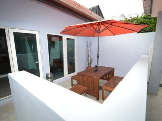 Ruamchok Ocean View - The Hideaway Villa