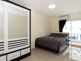 Ruamchok Ocean View - 2BR Sea view (8per)