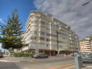 HOLIDAY APARTMENT SEA POINT FOR CHRISTMAS AND NEW YEAR