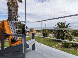 Seascape - Outstanding Views Pet Friendly, Free WIFI & Netflix