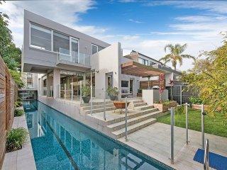 Modern Bondi Family Home with 25m Lap Pool