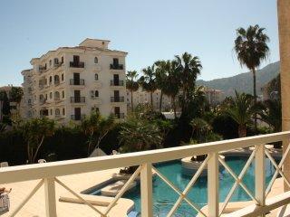 Sunny apartment in Albir