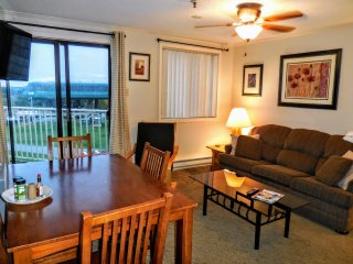 Great Location. Great View. Great Rates. ML328!
