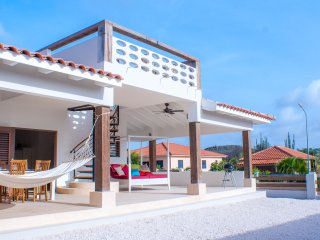 Caribbean Dream, 6 pers. Vacation Villa with Large Swimming pool