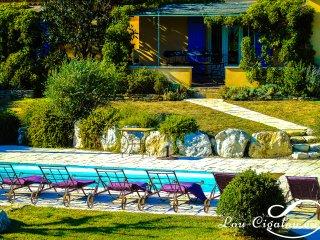 Lou-Grihet: Villa de charme au cœur du parc naturel du Lubéron (6 à 8 pers.)