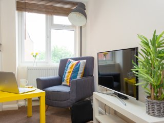 1 Bedroom Apartment(Sleeps 4) in Heart of Wycombe