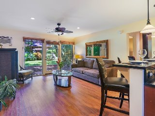 Aina Nalu Poolside Premier Platinum Condo D109 SPECIAL 7th Night FREE & 10% off!
