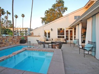 POOL, OCEAN-VIEW, 4 PATIOS, & SHOPPING BY THE BEACH - Belmont Shore (LB)