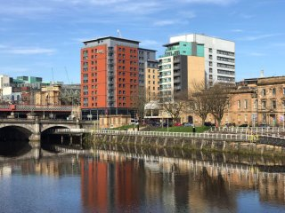 The apartment is located on the Clyde beside Jurys Inn with breath taking views.