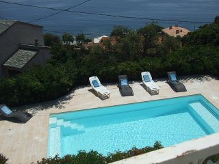 AGREABLE REZ DE JARDIN TT CONFORT VUE MER + PISCINE CHAUFFEE + JACCUZZI+PARKING