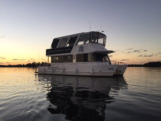 Grafton 2 Yamba Houseboat Hire - Idyll Ours