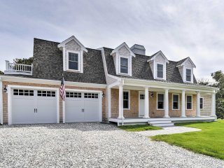 Cape Cod House w/Hot Tub - Walk to Private Beach!