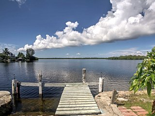 Waterfront Matlacha Home w/Dock - Walk to Main St!