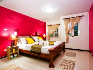 +close beach, restaurants, supermarket - Arcadia Castle Villa