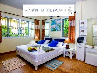 Villa Adelle - close to beach, restaurants, supermarket