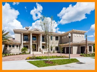 Reunion Resort 1 - private pool, gym, game room and home theater near Disney