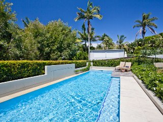 Quintessential Palm Beach - exclusively available now for only 2 week a year
