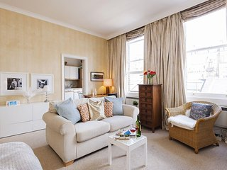 Roland Gardens Nest apartment in Kensington & Chelsea with WiFi.