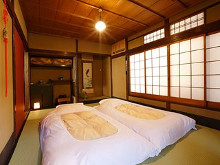 Historical house near Kiyomizu temple and Gion area, Japanese owner and staffs
