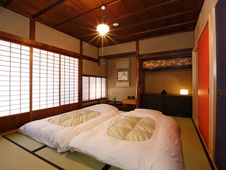 Perfect for 2 or 3 people stay near Kiyomizu temple