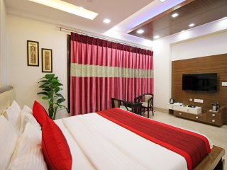 Gazebo Inn & Suites, Gurgaon