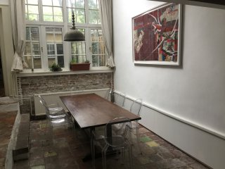 Large family apartment, best street in The Hague