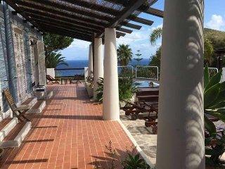 Cala Cavone Resort