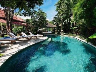 Seminyak Villa 3114 - 5 beds - Bali