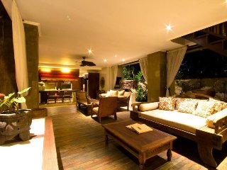 Canggu Villa 355 - 5 Beds - Bali