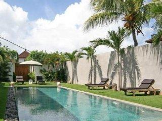 Seminyak Villa 3381 - 5 Beds - Bali