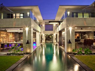 Seminyak Villa 3279 - 5 Beds - Bali
