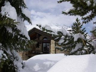 Chalet du Saut Val d Isere Tignes sleeps 14 Sunday to Sunday and Weekend rentals