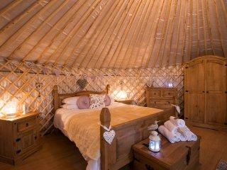 Primrose Yurt 108821