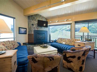 Steamboat Gondola Residences - SV710