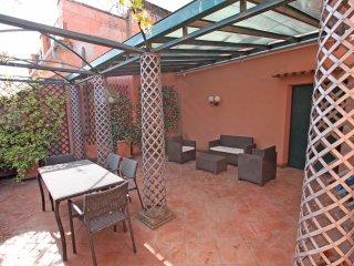Coronari - Stylish 2 bedroom apartment with 2 balconies and free Wi-Fi