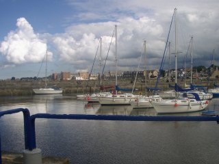 Harbour View - lovely coastal property near Edinburgh, sleeps 3.