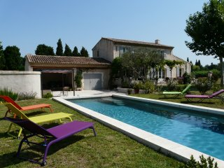 LS1-231 CASSAIRE, ideal vacation home with private pool in St Rémy de Provence