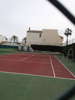 Community tennis court . Available all year round . Tennis racquets & balls provided for you .