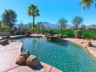PGA West 'Legends' Home w/Private Pool, Fairway and Mountain Views! Booking 2018