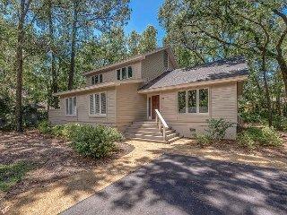 New Sea Pines Rental Home. 5 Bedrooms, Free Bikes, Community Pool Tennis 21FD
