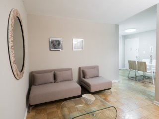 5AW-UES-1BR APT WITH SWIMMING POOL-GYM-GARAGE-AIRCON