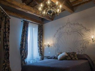 MUNEGHE 3     Il lusso di un hotel a 5 stelle in un appartamento a San Marco
