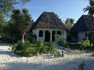 Blue Earth Beach Bungalow 7