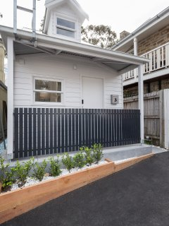 Stylish studio terrace in Balmain