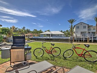 NEW! 2BR Delray Beach House - 1 Block From Shore!