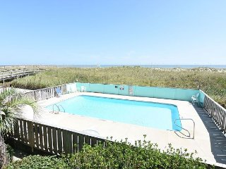 Winds VI 1D - Fantastic ocean front condo with pool
